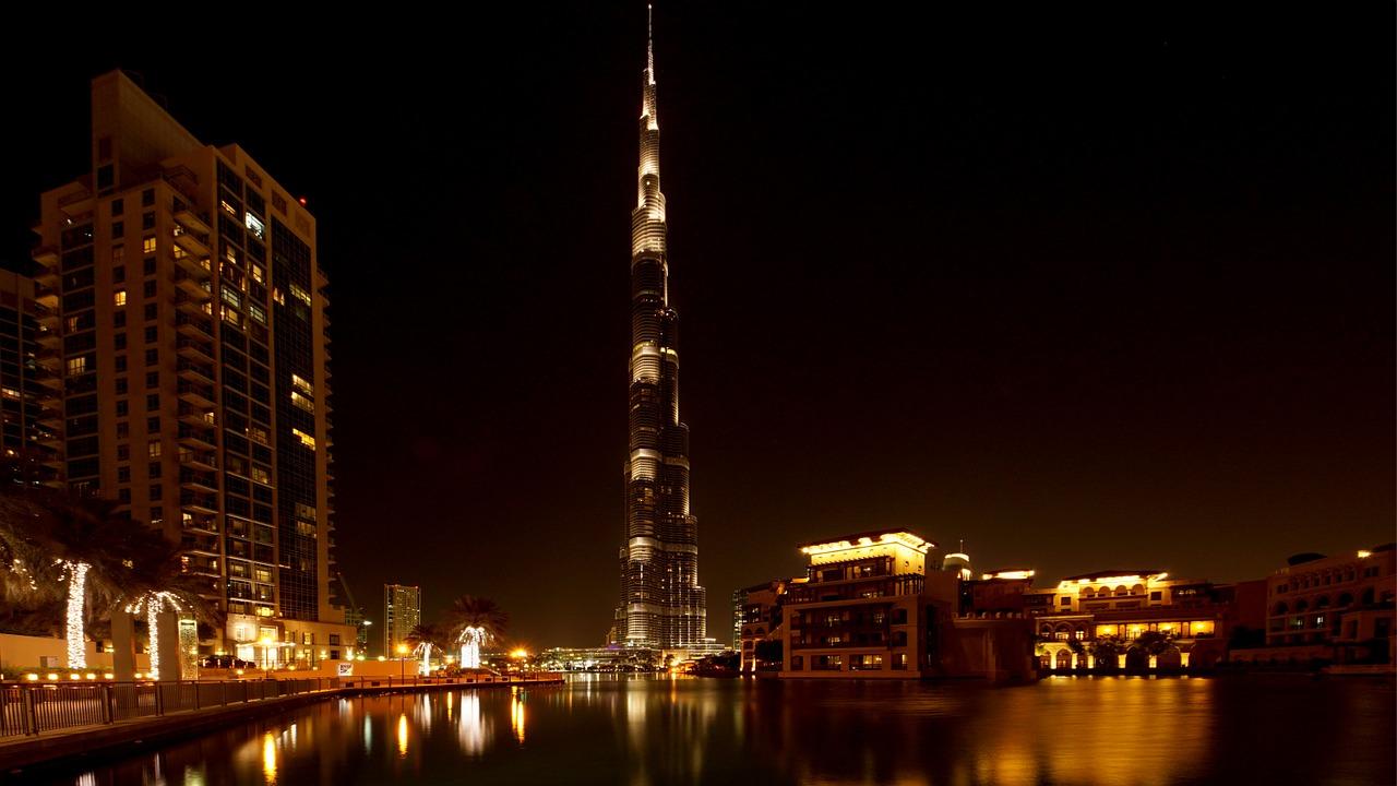 uitgaan, nightlife, discotheek, club, uitgaansleven, stappen, clubs, discotheken, bars, dubai, verenigde arabische emiraten
